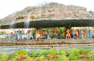 Why Govardhan Puja is celebrated? Why Krishna lift Mount Govardhan? Annakoot Festival