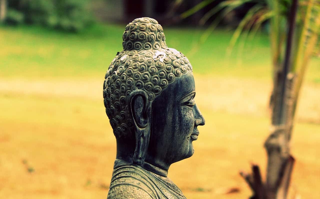 How to overcome death of your loved one? Teaching from life of Buddha