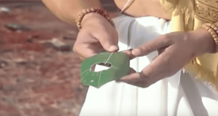 barbarik's arrow pierces the leaf