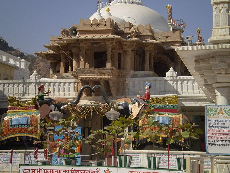Nakoda Parsvanatha Temple - Famous Jain Temples in India