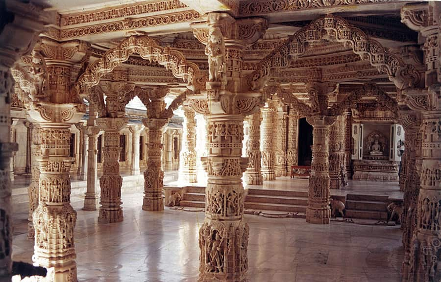 dilwara jain temples 3