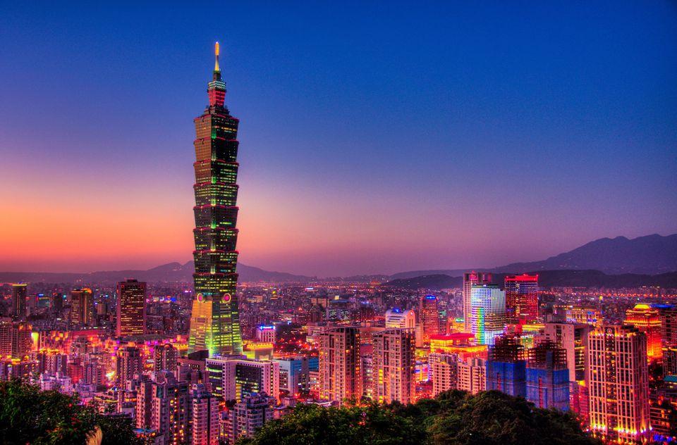 Taipei 101, Taipei, Taiwan - Mythgyaan - Tallest Buildings in the World 2019