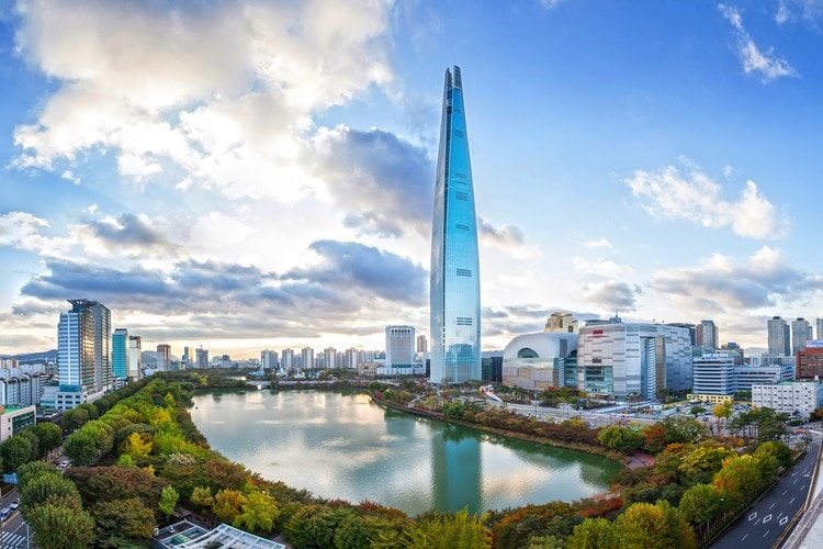 Lotte World Tower, Seoul, South Korea - Mythgyaan - Tallest Buildings in the World 2019