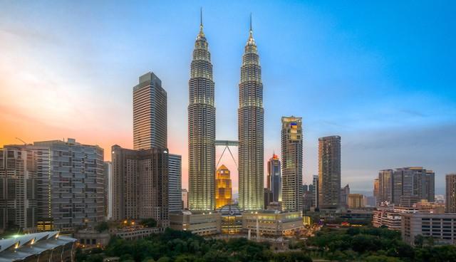 Petronas Tower 1 & Petronas Tower 2, Kuala Lumpur, Malaysia - Mythgyaan